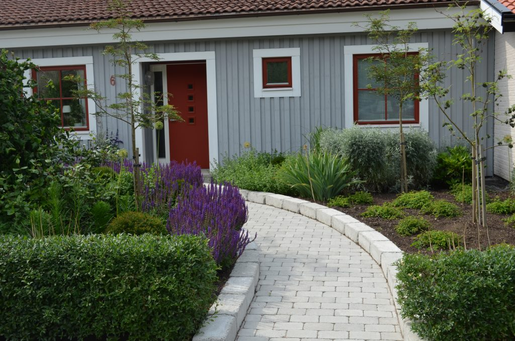 Ny trädgårdsentré, Ny design, perenner